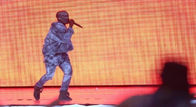 Kanyewestwirelessfestival2014vid