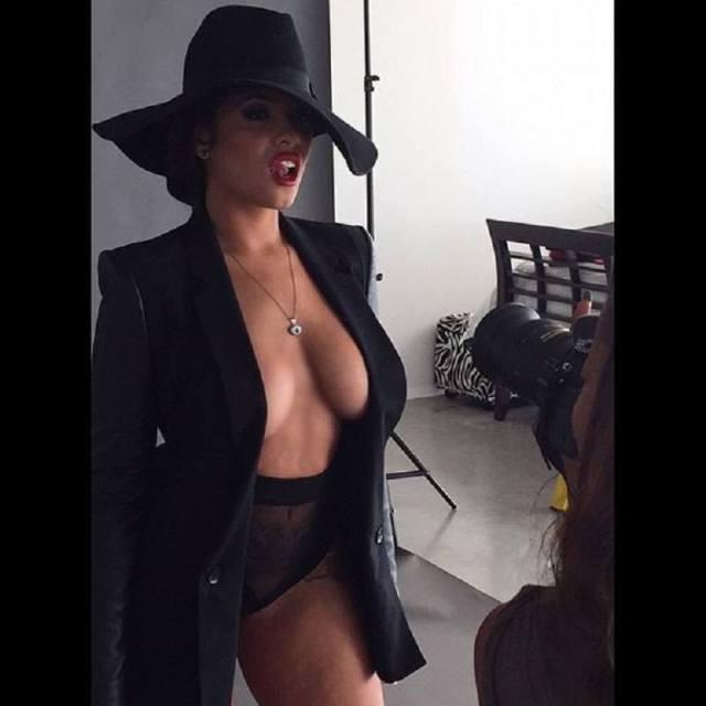 Stephanie Santiago cleavage