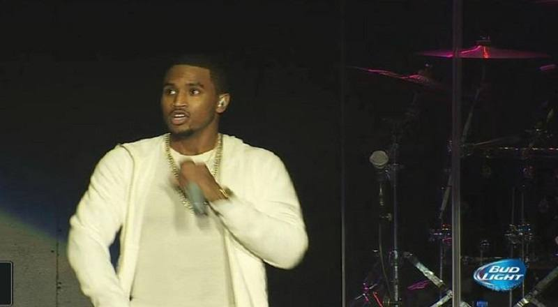trey songz performs at power 106s cali christmas 2014 video