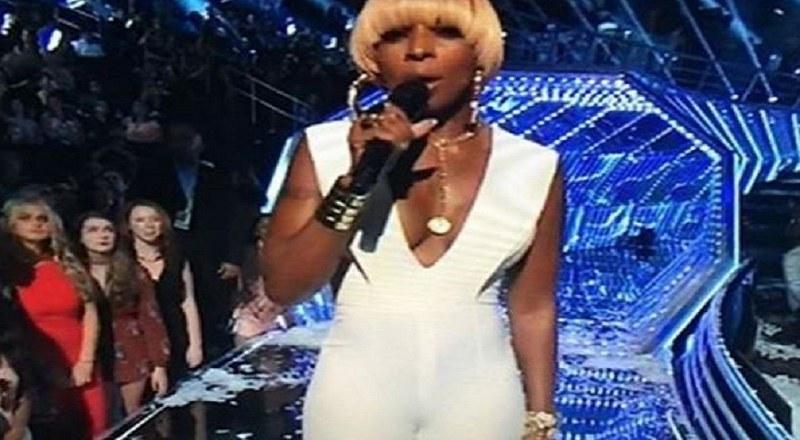 Rihanna camel toe phrase matchless