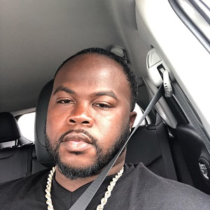 Derrek Thomas was outraged with what he ran across, on Facebook. He was so upset that he screenshot and shared what he saw on his own timeline, where it went viral. Thomas ran across a man, in Angleton, Texas, who found out about a Black Lives Matter protest, who is doing his best to ruin it, even joking about running protesters over.