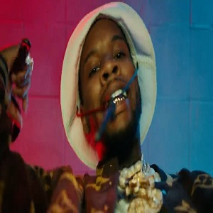 Tory Lanez, a while back, confessed to being the one who shot Megan Thee Stallion. At the time, the two were dating, and were going through a dispute. Now, Tory Lanez has been charged with felony assault, facing 22 years in prison, and fans on Twitter have a lot to say about this.