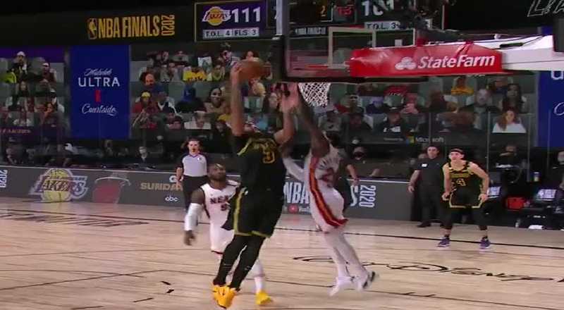Kendrick Nunn blocked Anthony Davis, as he went up for a dunk. A real David vs. Goliath moment, the block came as a surprise. Fans on Twitter are going wild, after seeing this improbable block.