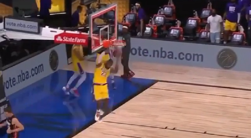 LeBron James was showing off, in Game 1 of the 2020 NBA Finals, against the Miami Heat. His reverse dunk at halftime was just an exhibition, as he went for a reverse dunk, after the buzzer. Twitter was amazed seeing LeBron doing that at the age of 35, just because.