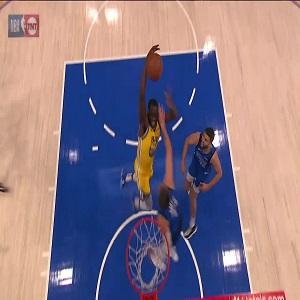 Draymond Green dunks on Luka Doncic