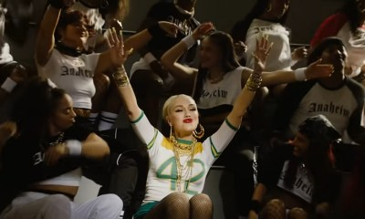 Gwen Stefani Saweetie Slow Clap