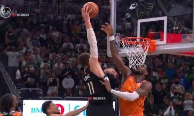 Brook Lopez dunks on DeAndre Ayton