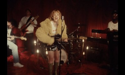 Mallory Merk Are You Gonna Be My Girl live performance