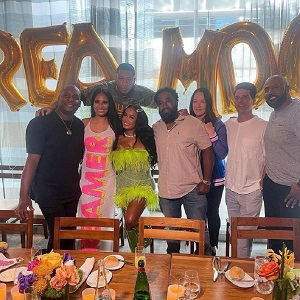 DreamDoll signs with Warner Records