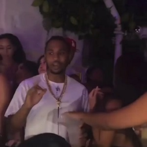 Trey Songz catches woman slip something into his cup