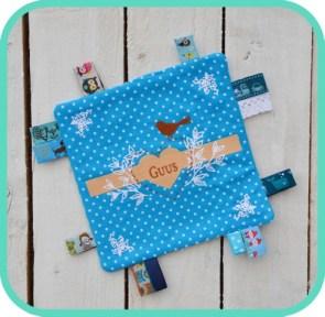 knuffeldoekje-blauw-geboortekaartje-guus-voor