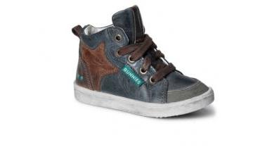 ddc9a1ad3a8 Durf jij online schoenen te kopen voor je kinderen? Ik vind het altijd eng…  Kindervoetjes zijn immers nog in de groei, is het dan wel verstandig?