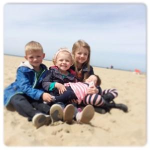 kids op het strand