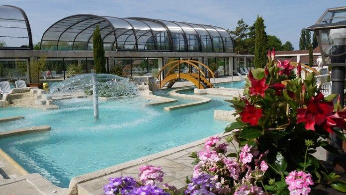 PA012-berny-riviere-la-croix-du-vieux-pont-campsite-outdoor-pool-b_tcm14-47313