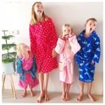 Een kinderbadjas voor het najaar