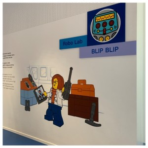 lego house muur blauwe zone