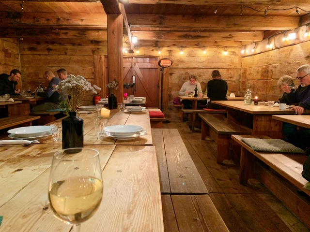 tjoruhusid restaurant isafjordur