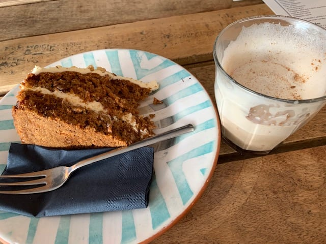 piece of cake yvette