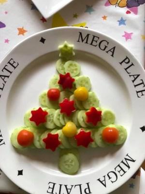 kerstboom van schijfjes komkommer