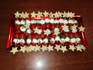 mozzarella kersttomaat sterprikkertjes