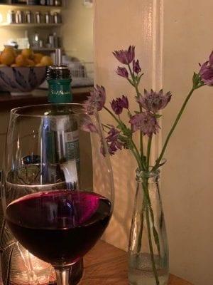 zeeuws knopje en wijn