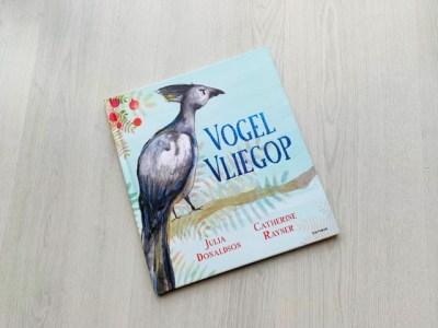 prentenboek vogel vliegop