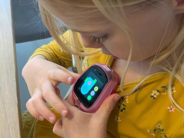 tobi smartwatch robot