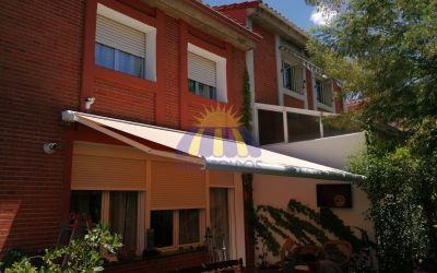 Su casa o chalet necesita un toldo extensible de calidad !