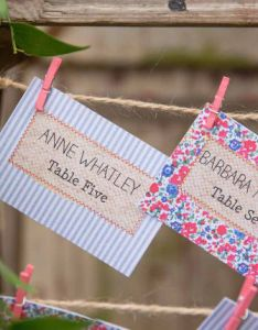 Hip hooray stationary  the little wedding helper for love  also make your own diy rustic seating plan rh hiphiphooray