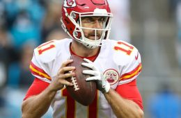 Nov 13, 2016; Charlotte, NC, USA; Kansas City Chiefs quarterback Alex Smith (11) looks for his receiver against the Carolina Panthers during the second half at Bank of America Stadium. The Chiefs won 20-17. Mandatory Credit: Jim Dedmon-USA TODAY Sports
