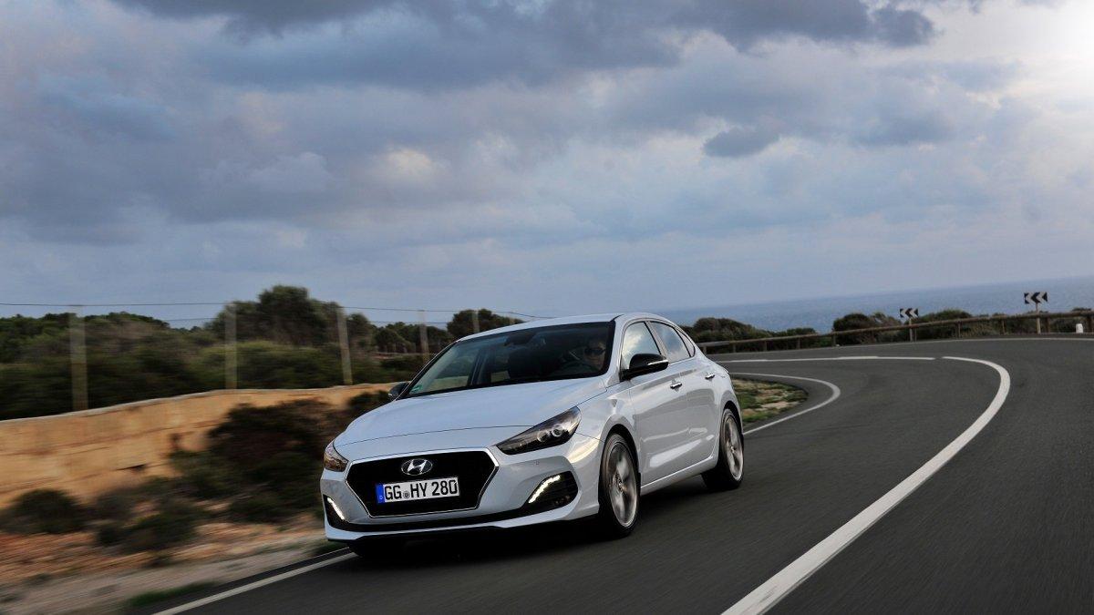 Arriva la nuova Hyundai i30 Fastback