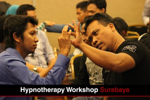 Pelatihan Hipnotis Hipnoterapi Yan Nurindra
