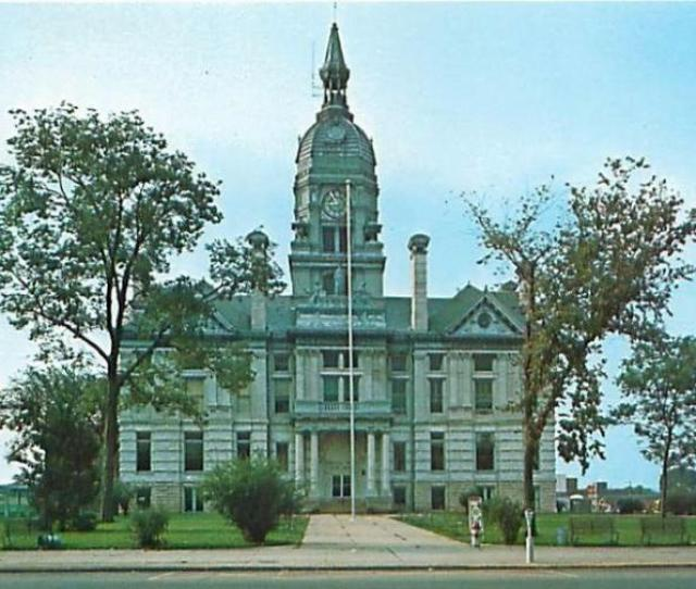 Marshalltown Iowa Marshall County Courthouse Postcard S