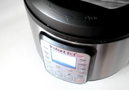 REVIEW: Instant Pot SMART 7-1 Electric Pressure Cooker with App.