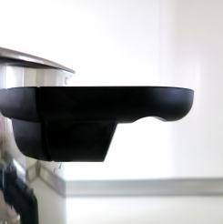 Ergonaomically-shaped handle