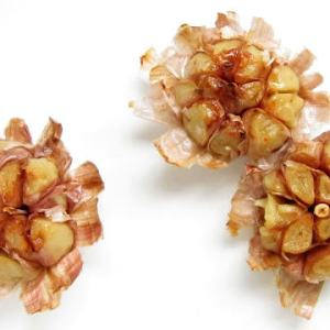 The Stinking Rose - perfectly roasted garlic in 20 minutes!