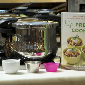 Williams-Sonoma Madison Ave. Fagor Pressure Cooker Demo - Summer 2014