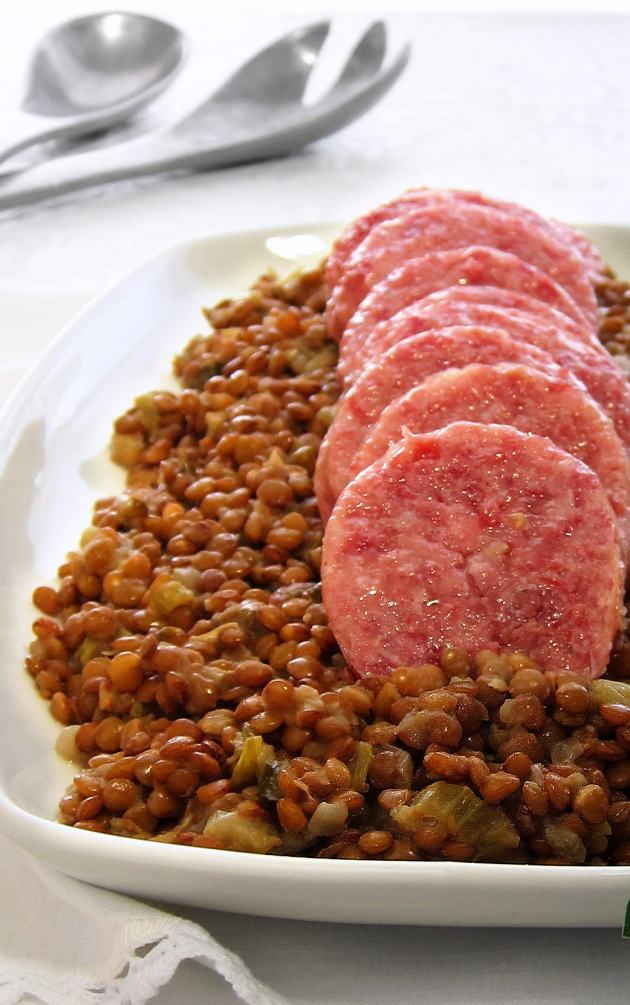 Italian Sausage and Lentils - Italian New Year's Eve Tradition