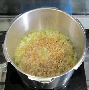 Lentil risotto after pressure cooking.