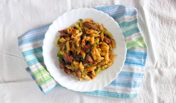Pressure Cooker Broccoli & Sausage Pasta One Pot Meal