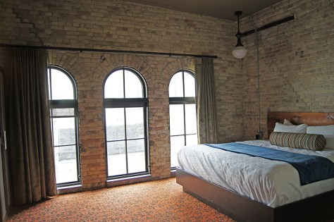 Guest Room at Brewhouse Inn Milwaukee