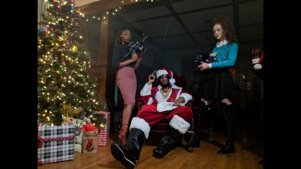 """Raz Simone – """"Santa Claus"""""""