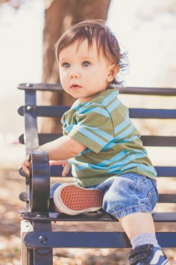 Child Photography by Courtney Santos of Awkward Eye Photography