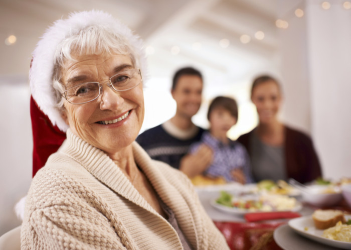 How to Brighten the Holidays for Seniors