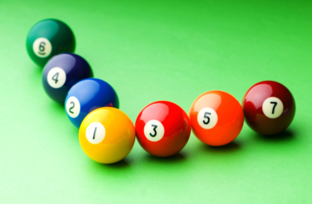 Poolballsonthetable