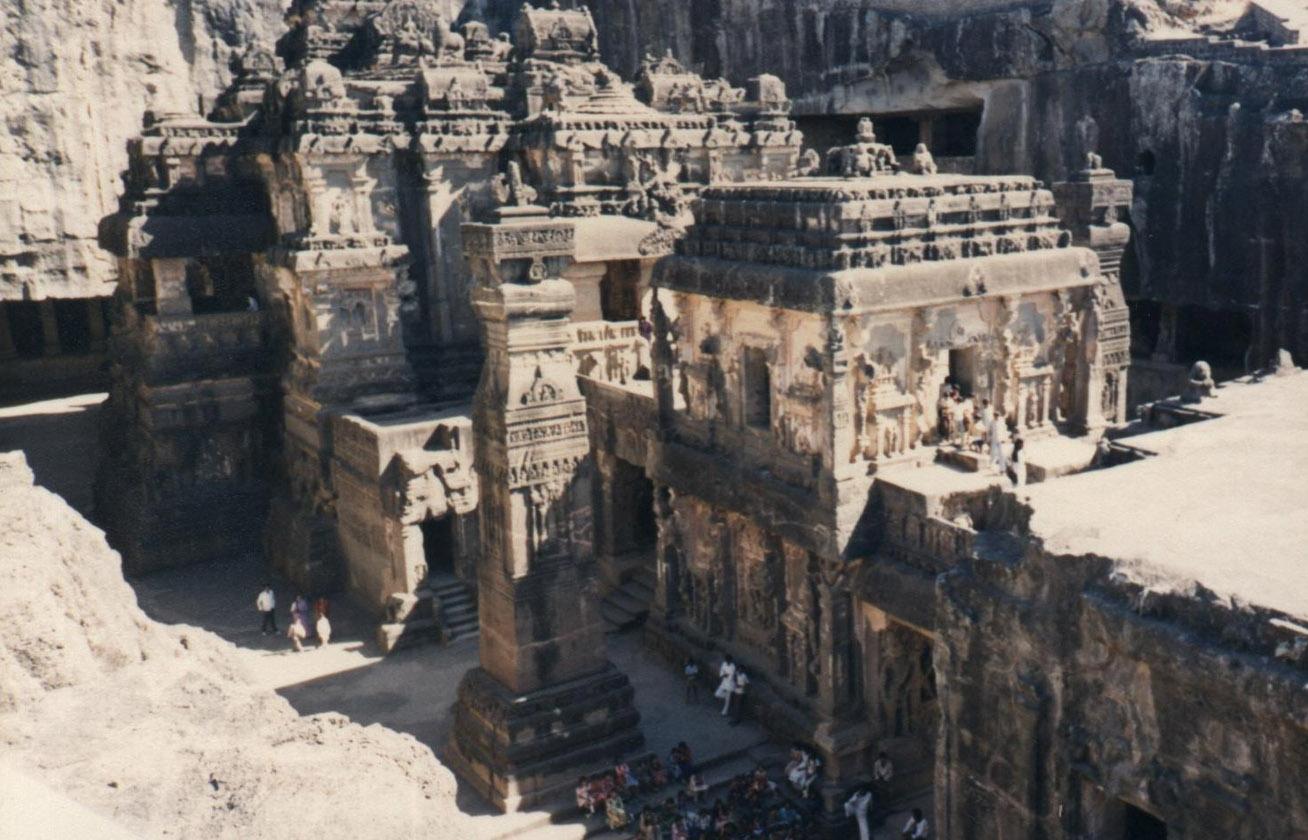 Egyetlen kőből faragták ki a csodás templomot senki sem tudja, hogyan épült 4