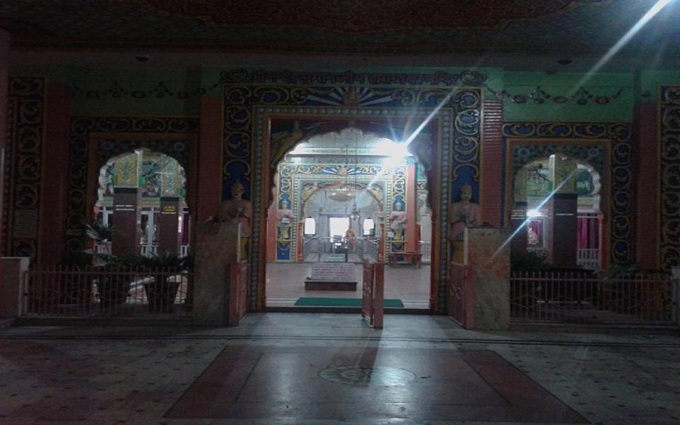 Hirnoda-bhandekebalaji-dharmik palace (8)