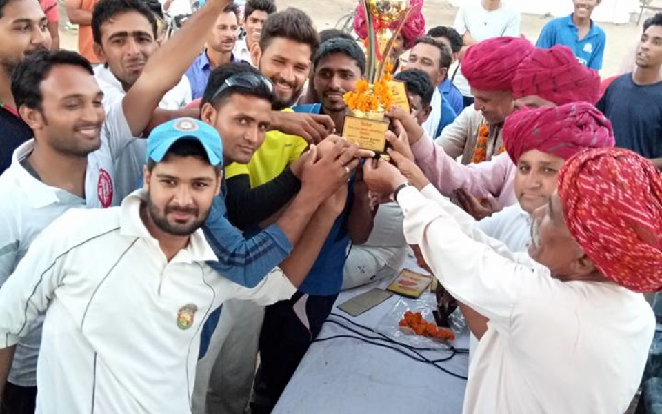 Hirnoda-cricket-khel-hpl-game (5)