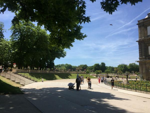 パリの庭、リュクサンブール公園でひとやすみ
