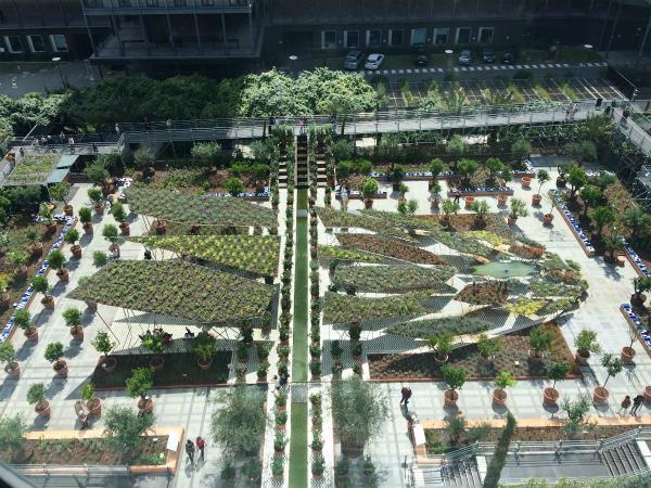 つかのまの庭ーオリエントの庭園展、パリ